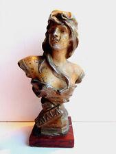 Statuette, sculpture métal peint, base marbre: Femme ATALA, signé RAGUS