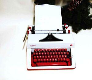 Vintage typewriter Olympia Monica, perfectly working typewriter two-tone, QWERTZ