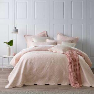 Bianca Lucinda Bedspread Set Soft Blush