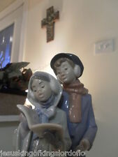 Lladro Christmas Carolers # 6128 Christmas Melodies Mint Fast Shipping!