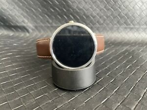 MOTOROLA 360 WATCH BROWN BAND WITH WIRELESS CHARGER BACK PROTECTOR