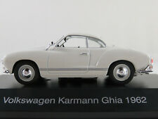 DeAGOSTINI #04 VW Karmann Ghia Coupé (1962) in weiß 1:43 NEU/PC-Vitrine