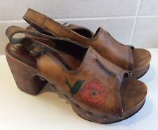 Rare Vintage 60s Wooden Platform Clog Tooled Leather Rose Heels Shoes 6 6.5