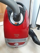 Miele S5 cat and dog 2200W Super Strong Vacuum Cleaner  Perfect for pets
