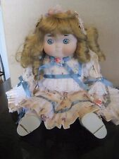"DOLLY DINGLE 14"" Musical DOLL BY BETTE BALL LIMITED EDITION 326/1000 GOEBEL Inc."