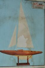 Maquette de Bateau Voilier Billing Boats VHT à Construire Pré monté
