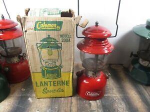 COLEMAN LANTERN 200 RED  W / ORIGINAL BOX    NO RESERVE