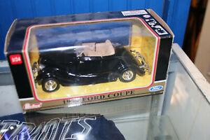 1934 Black Ford Coupe - Redbox 1:24 diecast NIB  JSH