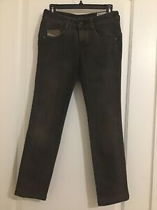 Diesel Industries Women's Clush Stretch 008YK Jeans Made In Italy 24 Pre-Owned