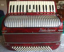 Fisarmonica Paolo Soprani, anni 40, rossa, 80 bassi 34 tasti 2 registri al canto