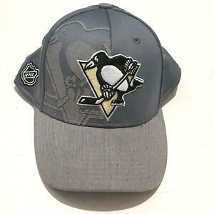 NHL Pittsburgh Penguins Reebok Center Ice Collection Fitted Grey Cap Size L/XL.
