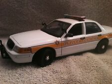 ILLINOIS STATE POLICE UT MOTORMAX DIECAST MODEL   CAR REPLICA NON WORKING LIGHTS