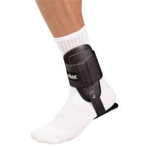 Mueller Lite Ankle Brace - Black
