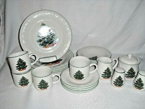 20 pc set Chritmas Holiday Dinnerware set of dishes.  GEI Dinnerware set