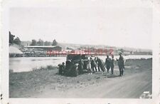 Foto, Abtransport aus der Maas gezogener Pkw (W)1815
