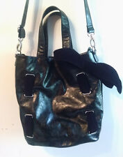 CHOCOLATE NEW YORK BLACK FAUX LEATHER HANDBAG PURSE WITH VELOUR BOW
