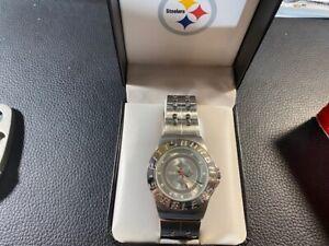 Official Pittsburgh STEELERS Mens Football Watch NFL Display Gift Box METAL