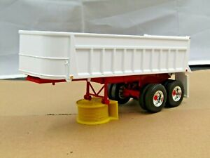 First Gear white tandem axle 22ft East end dump trailer new no box 1/34