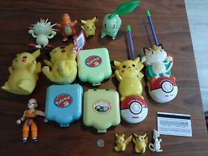 Lot vintage Pokemon plastic Figurines toys plush walkie talkies 90s.