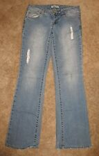"""L.E.I. Jrs. Size 7 BOOTCUT JEANS (distressed; 33"""" inseam) excellent condition"""