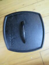 LODGE FLAT CAST IRON GRILL PRESS FOR BACON OR STEAK NICE NICE