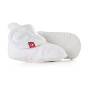 Goumikids Super Soft Organic Stay On Baby Boots Infant Booties, 3-6M Dots Cream