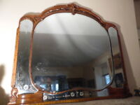 VTG Dresser Mantel Mirror Itched Glass Inlay Carved Oak wood Ornate Beveled edge