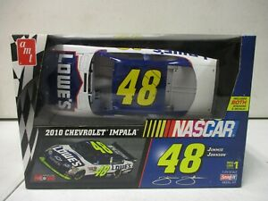 AMT Jimmie Johnson Lowes 2010 Chevrolet Impala 1/25