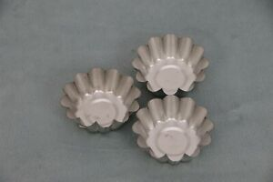 "Fox Run Mini Tin-plated Steel Scalloped Edge Tart Cups 2.25"" Set of 3"