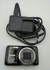 Kodak EasyShare M583 14 MP Digital Camera 8x Optical Zoom3-Inch LCD & Charger