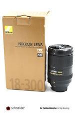 Nikon Nikkor AF-S 18-300mm f/3,5-5,6G ED + OVP - SN 72061776