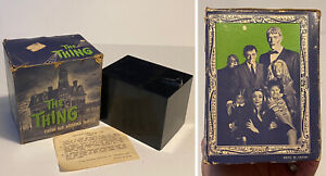 Vintage 1964 ADDAMS FAMILY Poynter Products THE THING Coin Grabber Bank in Box