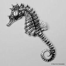 Seepferdchen Zinn Brosche britisch Hand gefertigt- See Pferd Meeresfische
