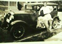 Vintage 1930 Photo Antique Pontiac Delivery Car Sedan Man Posing Curbside mb428