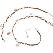 Collier pour femme en textile Guess avec coquillage - Idée de cadeau femme orig