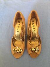 Ravel Ladies Brown Suede Shoes Size 4 (51C).
