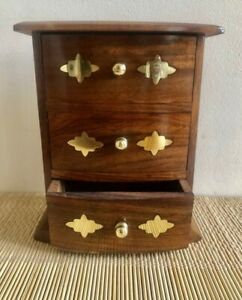 Wooden mini jewellery drawer chest with curved fronted drawers