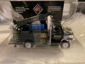 First Gear 1/50 International Durastar Service Truck  Falls Farm & Garden NIB