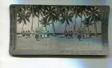 Vintage Stereoview HAWAII HULA GIRLS IN A BEAUTIFUL TROPICAL SETTING Keystone