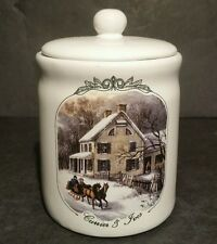 """Currier And Ives 2000 Museum Of New York Sugar Bowl With Lid 4"""" Tall"""