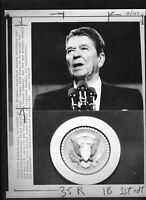 Vtg AP Wire Photo President Ronald Reagan Speaks On Spy Topics 1987