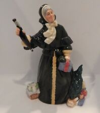 "ROYAL DOULTON FIGURINE ""CHRISTMAS PARCELS"" HN 2851 MADE IN ENGLAND 8 3/4"""