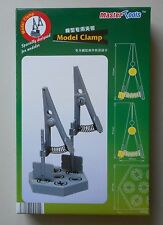 2 MODEL CLAMPS w BASE MASTER TOOLS TRUMPETER SCALE MODEL ACCESSORY