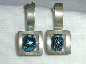 STUNNING~ STERLING SILVER MODERN STYLE EARRINGS WITH IRIDESCENT BEAD!