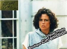 12 Photos Glacées Cinéma 24x29.5cm (1986) ESCORT GIRL Sigourney Weaver TBE