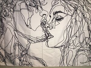 "NEW Abstract Scribble Romantic Kissing White & Black Tapestry 60""x40"" Wall Decor"