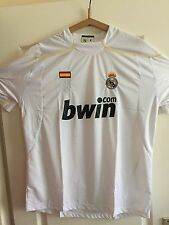 MAILLOT REAL MADRID....BLANC...TAILLE L...NEUF AVEC ETIQUETTE