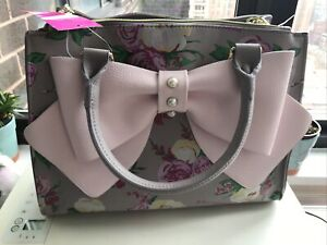 Betsey Johnson Pink Bow Taupe Floral Easter Parade Bag - Pearls & Goldtone Chain