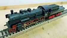Märklin H0 3098 Locomotora de Vapor con Remolque Depósito Br 38 1807 Pared
