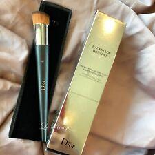 Christian Dior Backstage Brushes Professional Finish Fluid Foundation Brush #12